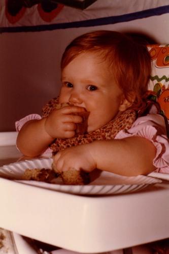 19821102-alicia-1st-birthday-5.jpg