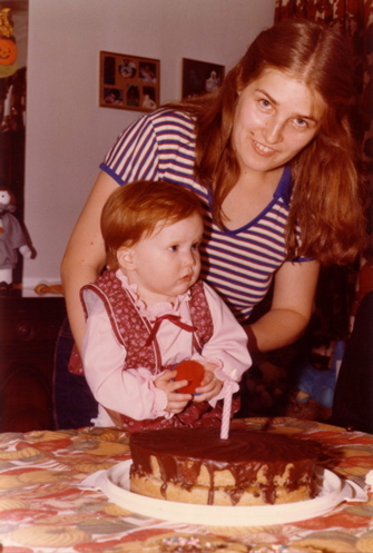 19821102-alicia-1st-birthday-6.jpg